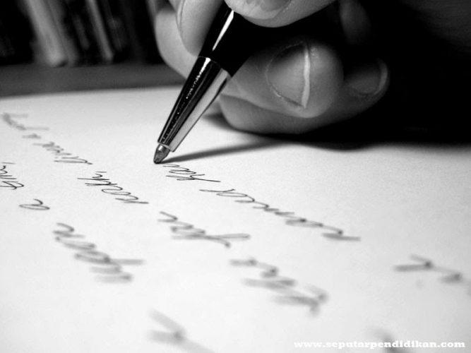 Pengertian, Ciri Dan Jenis Puisi Terlengkap