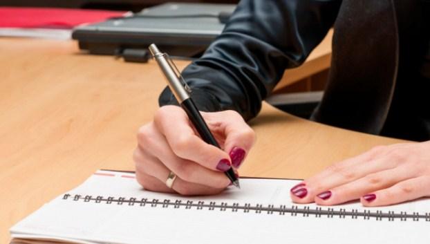 Pengertian, Ciri-Ciri dan Contoh Kalimat Tidak Langsung