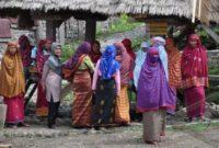 Sejarah, Lingkungan Alam, Bahasa, Mata Pencaharian, Agama dan Kepercayaan Suku Dompu
