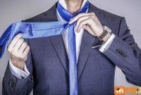 Cara Ikat Dasi Segitiga yang Benar dan Mudah